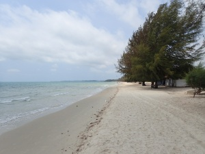 Quiet sandy beach near Sihanoukville