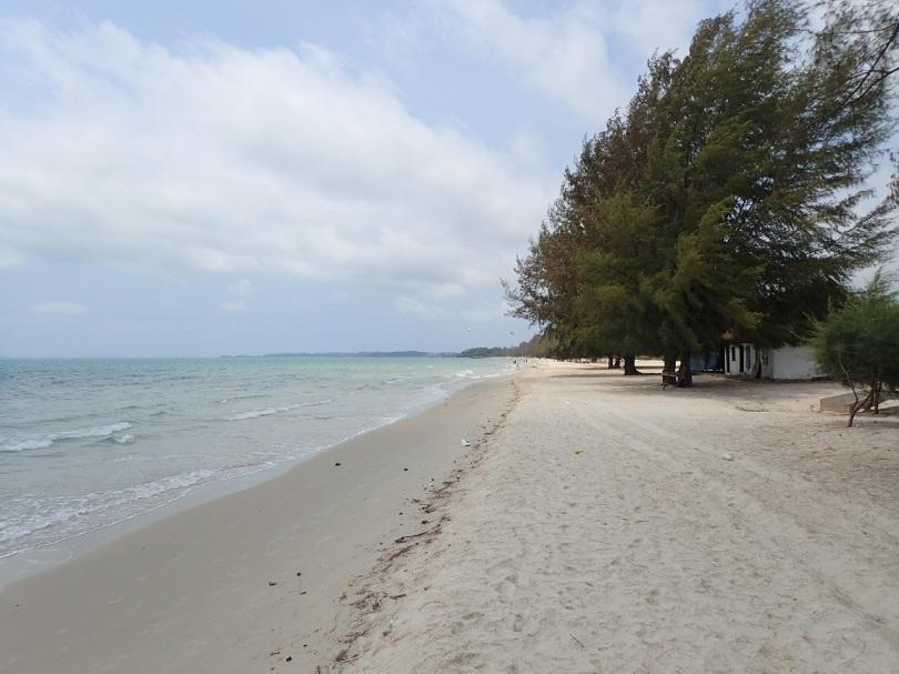 Quiet sandy beach near Sihanoukville